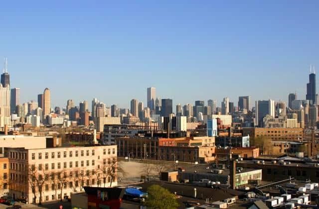 2007-04-21_2200x1240_chicago_skyline_from_northwest