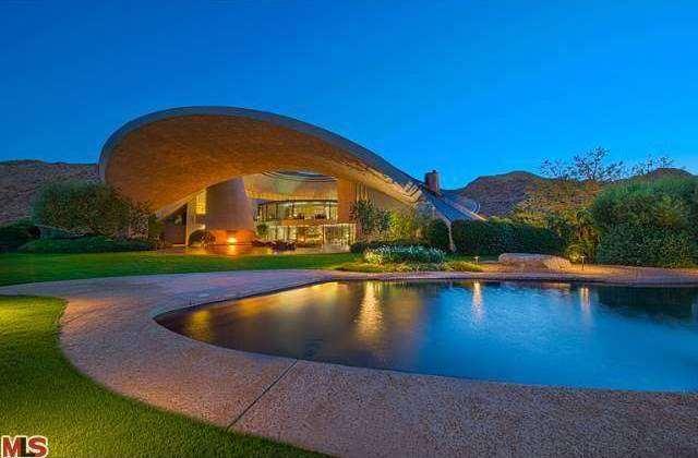 Bob Hope Estate Palm Springs (1)